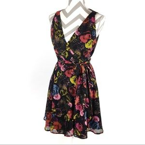 BB Dakota | Dark floral rose wrap dress | Size 4